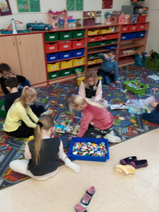 Hrajeme si ve třídě (3)