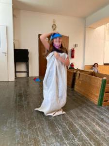 Sportovní den s pokladem - deváťáci dětem ˜ (45)